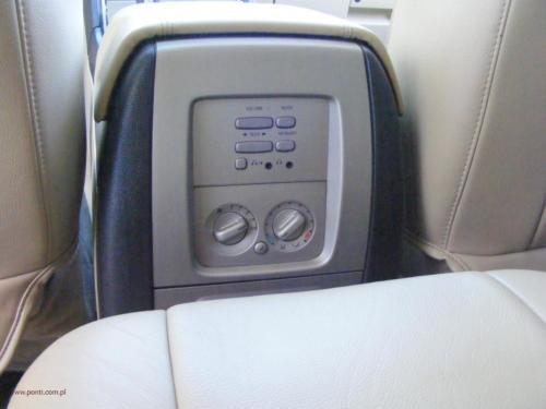 lincoln-navigator-2005-awd[12]